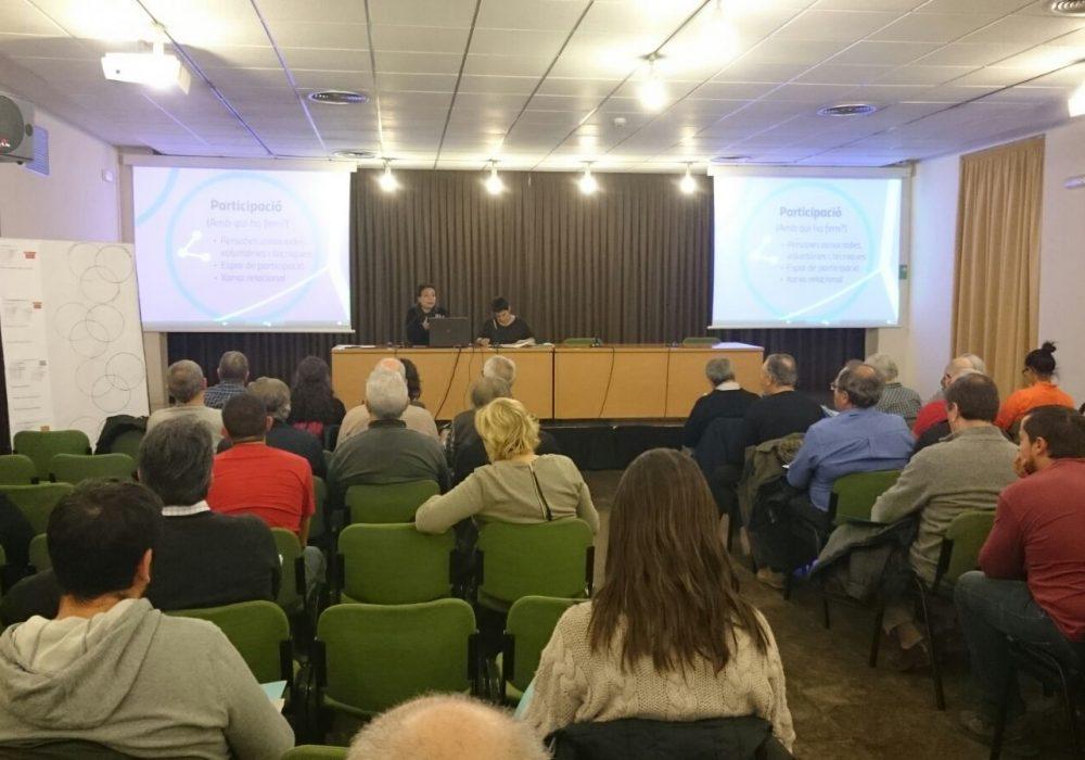 Sesión de trabajo para el proyecto 'Pensemos la oficina de Entidades' en Sabadell